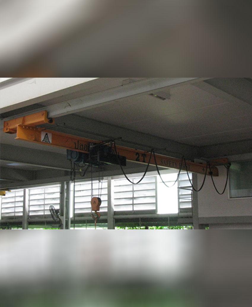 เครนเหนือศีรษะชนิดวิ่งใต้ราง ขนาด 2 ตัน กว้าง 6 เมตร