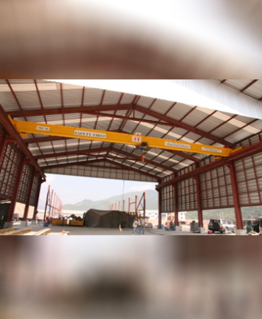 Single girder overhead crane 3 T, span 15 M
